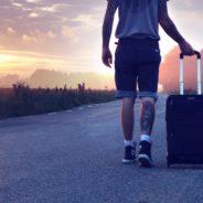 Mi-ajunge, lume, o valiză!